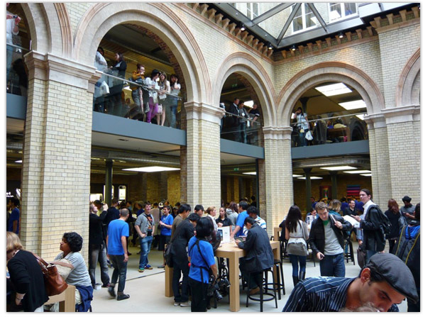 Covent Garden Apple Store Interior