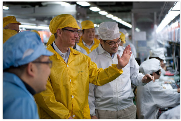 Tim Cook at Foxconn iPhone manufacturing facility